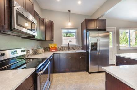 Aurora Cabinet Refinishing Pros