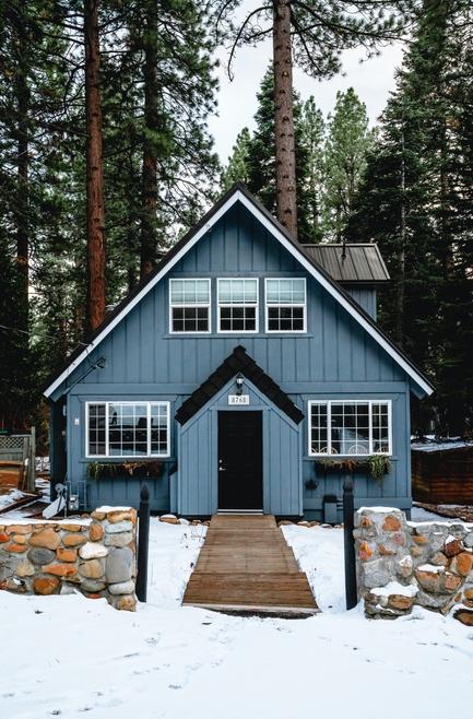 Reasons to Select Colorado Painting