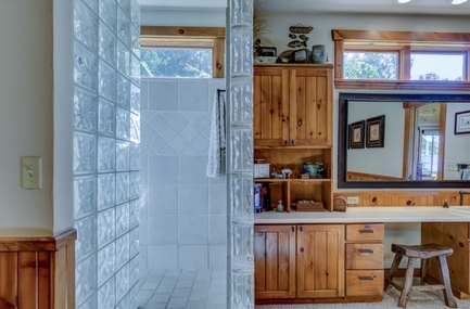 Save Money with Cabinet Refinishing